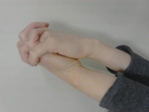 手首 3首